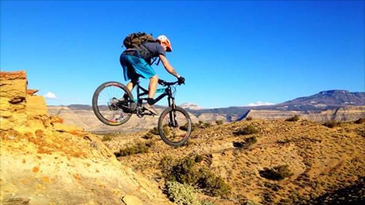 Palisade Rim Trail (photo by foresightphoto.com)